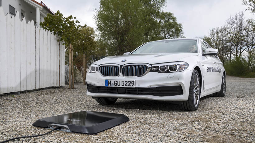 BMW 530e iPerformance with new wireless charging pad