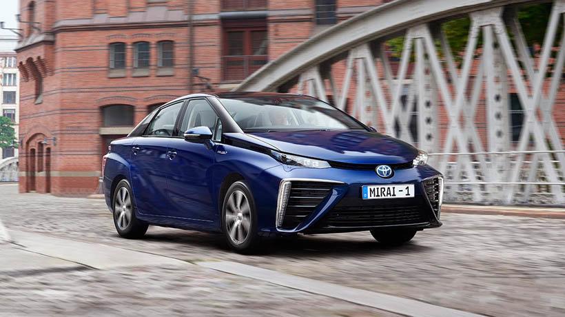 Toyota Mirai fuel cell saloon