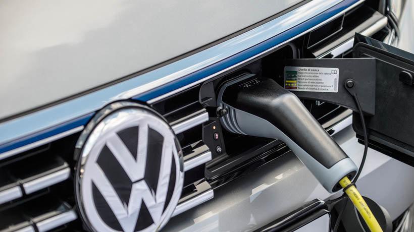 Volkswagen Passat GTE Advance